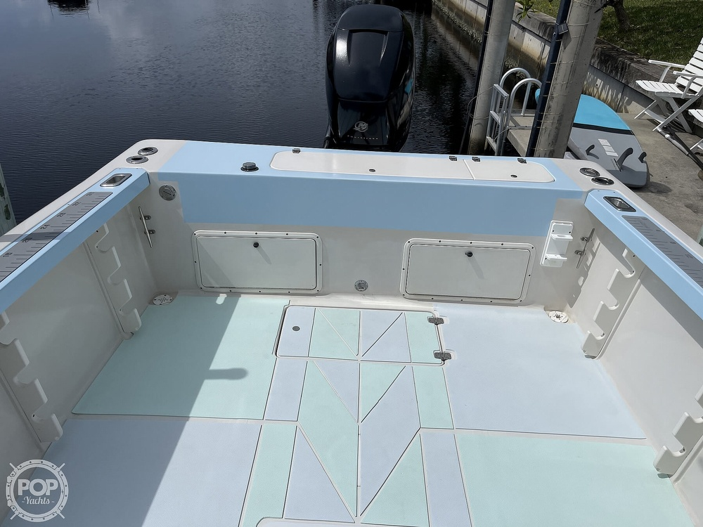 1997 Pro-Line boat for sale, model of the boat is 231 Walkaround & Image # 29 of 40