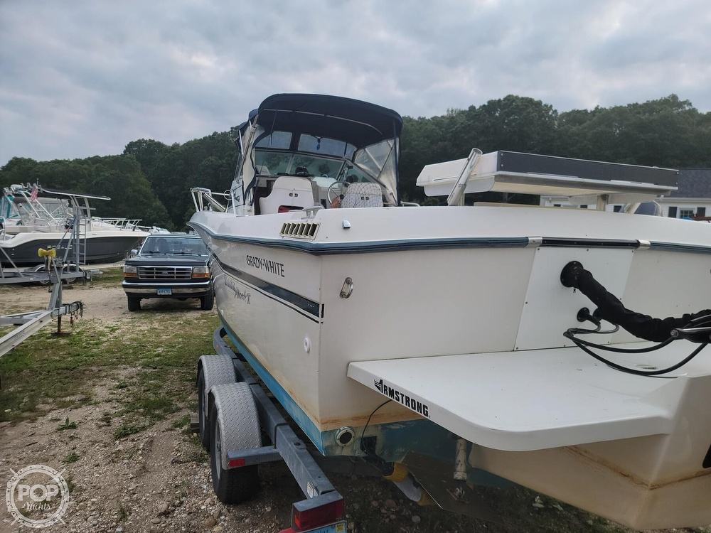 1982 Grady-White boat for sale, model of the boat is 24 Caribbean Walkaround Cuddy & Image # 9 of 40