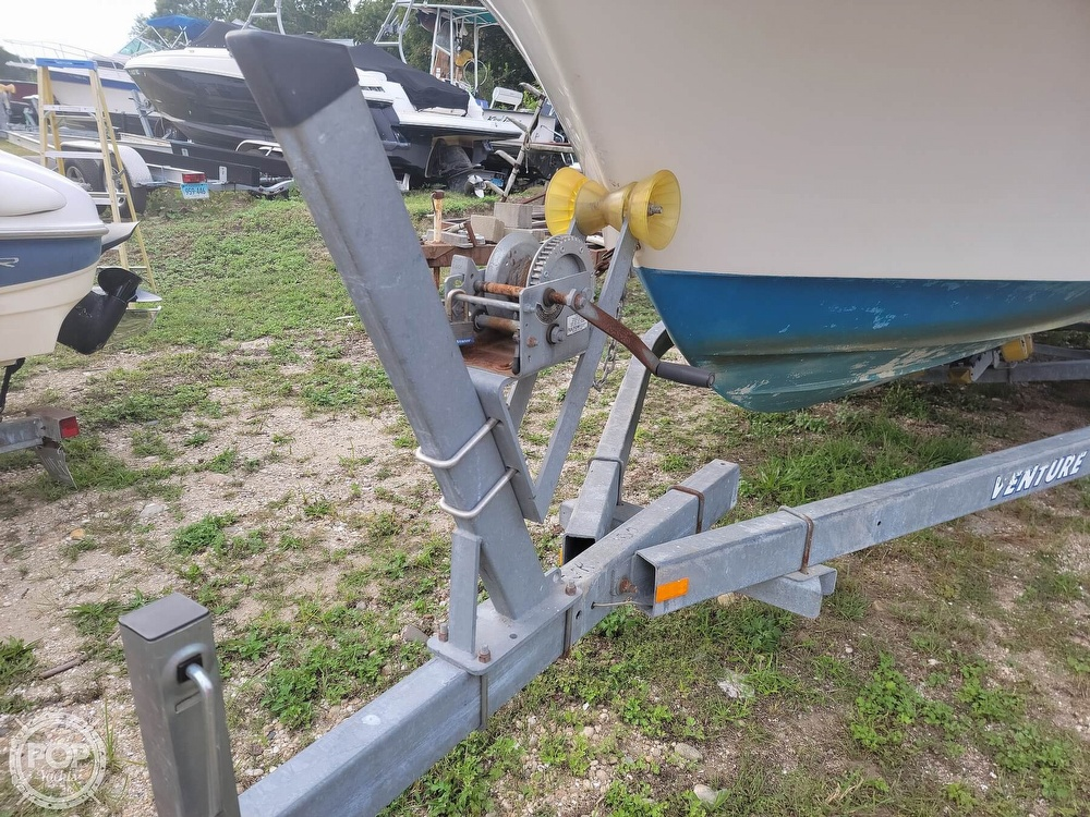 1982 Grady-White boat for sale, model of the boat is 24 Caribbean Walkaround Cuddy & Image # 11 of 40