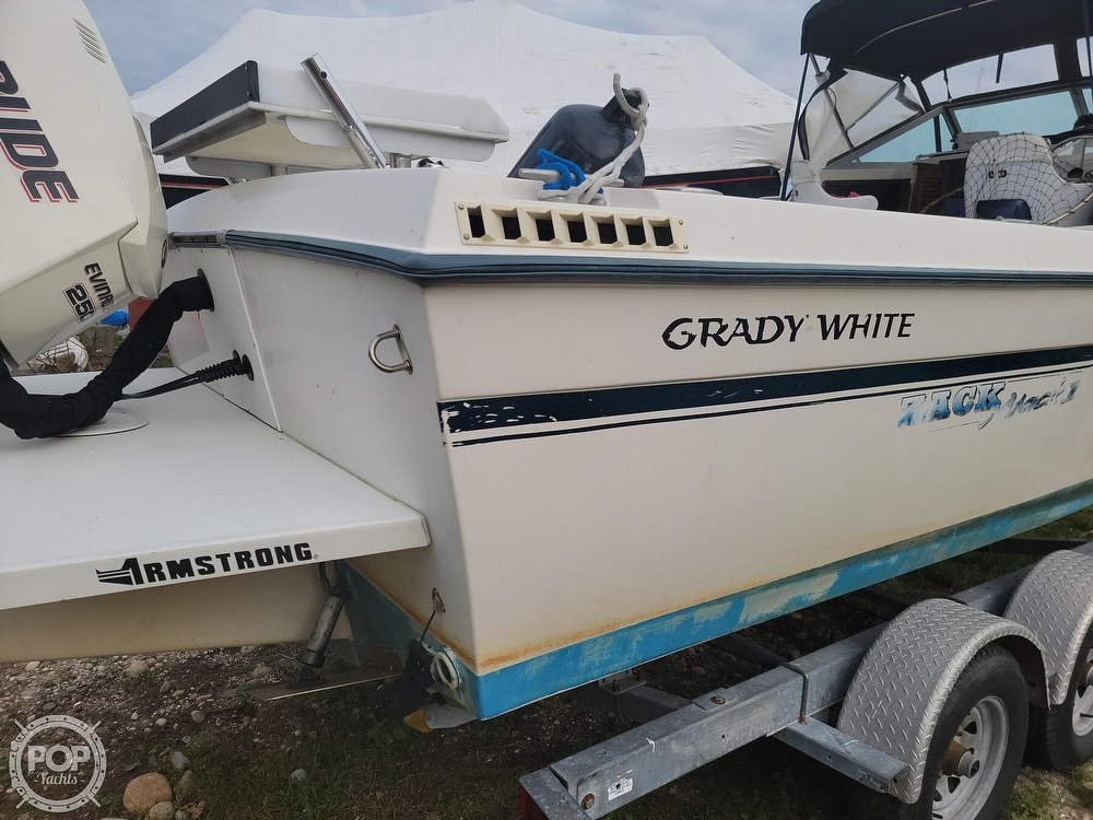 1982 Grady-White boat for sale, model of the boat is 24 Caribbean Walkaround Cuddy & Image # 32 of 40