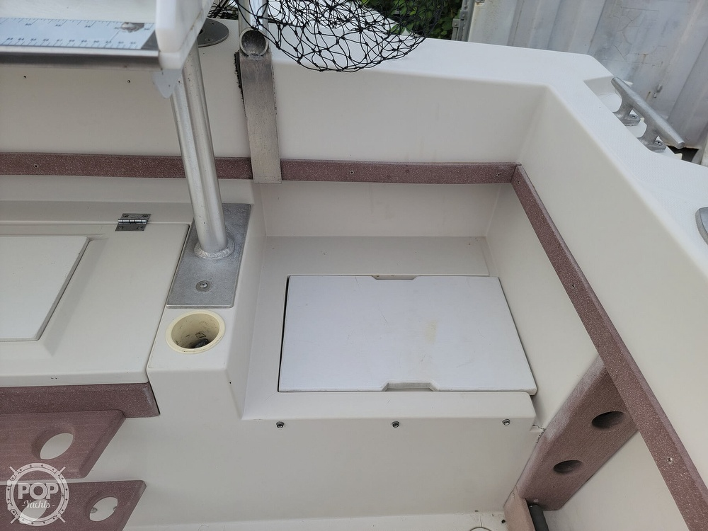 1982 Grady-White boat for sale, model of the boat is 24 Caribbean Walkaround Cuddy & Image # 39 of 40