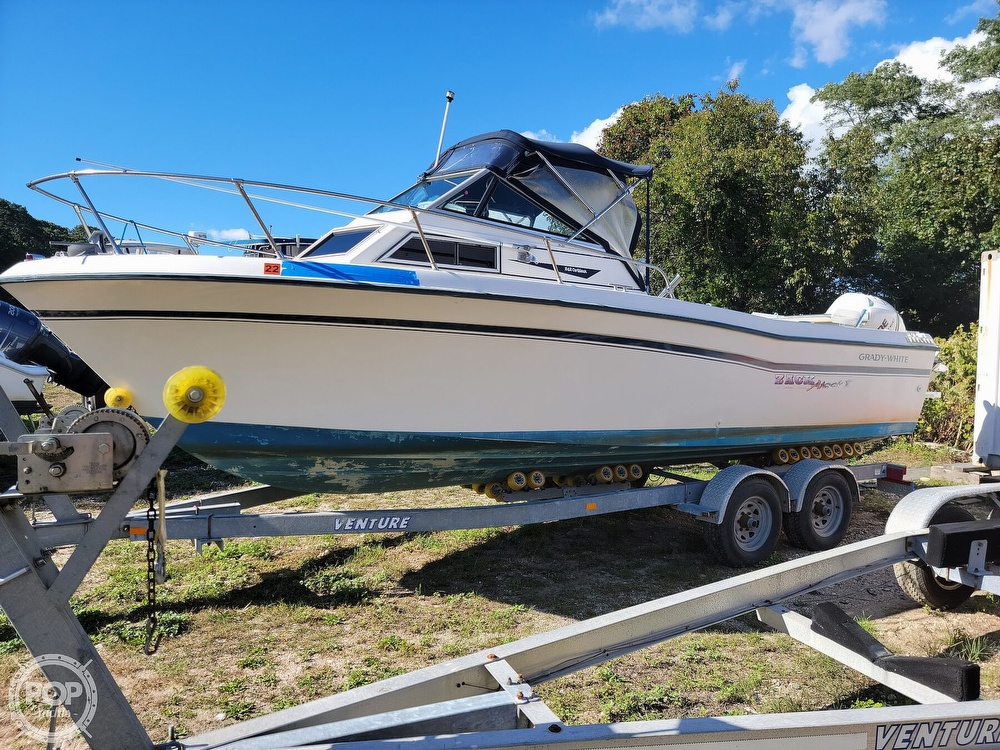 1982 Grady-White boat for sale, model of the boat is 24 Caribbean Walkaround Cuddy & Image # 2 of 40