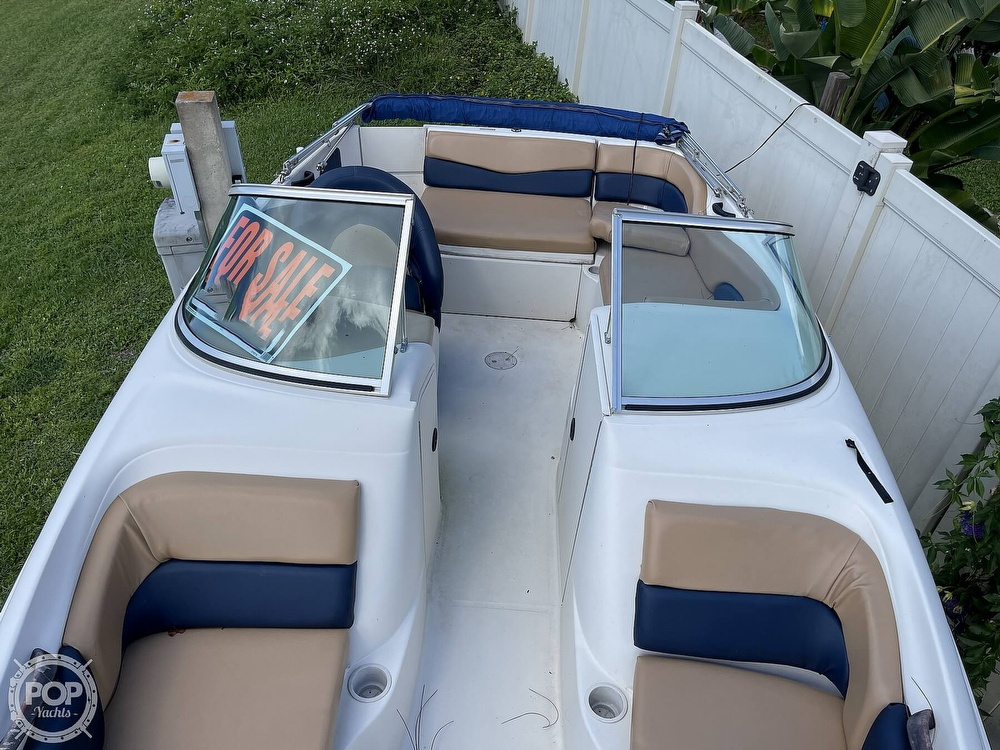 2001 Sea Ray boat for sale, model of the boat is sundeck 190 & Image # 31 of 40