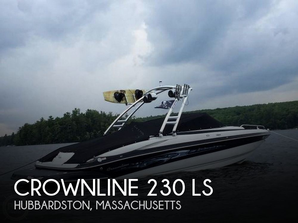 2006 Crownline boat for sale, model of the boat is 24 & Image # 1 of 8