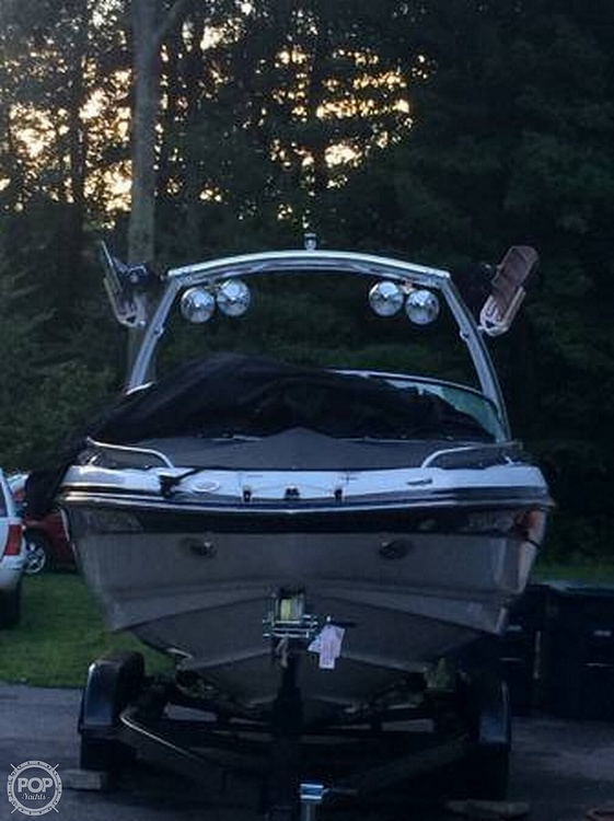 2006 Crownline boat for sale, model of the boat is 24 & Image # 2 of 8