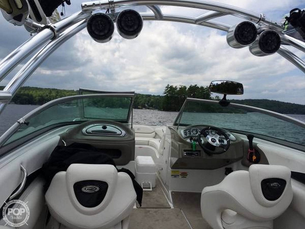 2006 Crownline boat for sale, model of the boat is 24 & Image # 3 of 8
