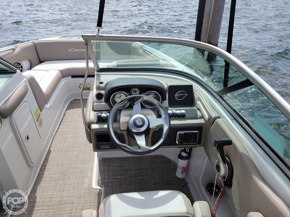 2018 Crownline boat for sale, model of the boat is E21 XS & Image # 36 of 40