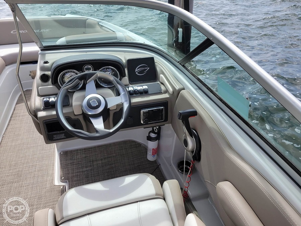 2018 Crownline boat for sale, model of the boat is E21 XS & Image # 37 of 40