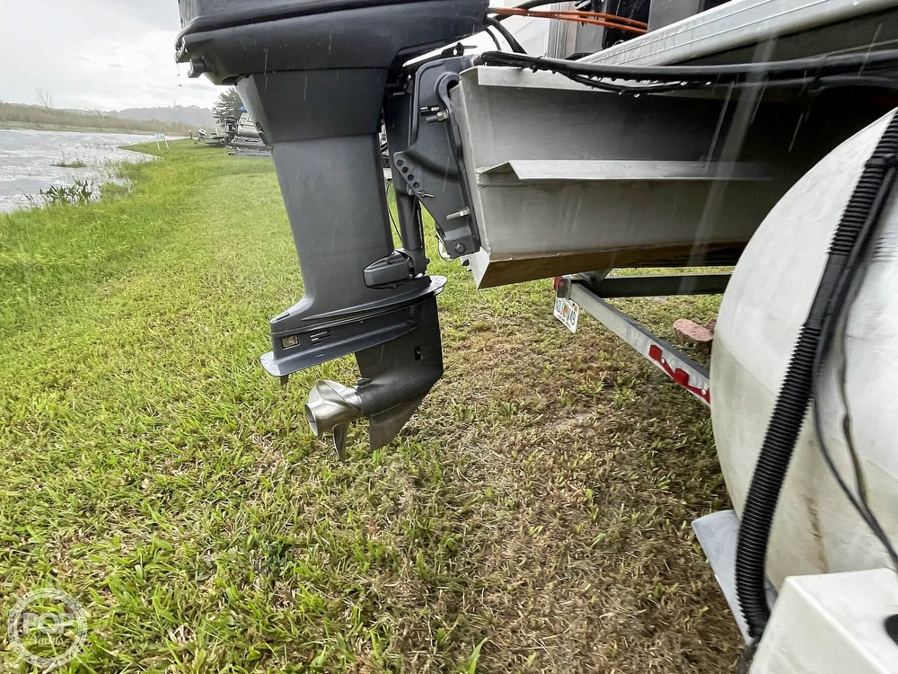 2007 SunChaser boat for sale, model of the boat is 8520 & Image # 9 of 40