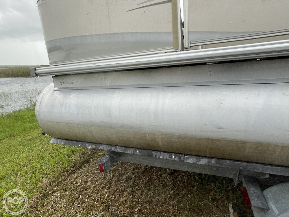 2007 SunChaser boat for sale, model of the boat is 8520 & Image # 10 of 40