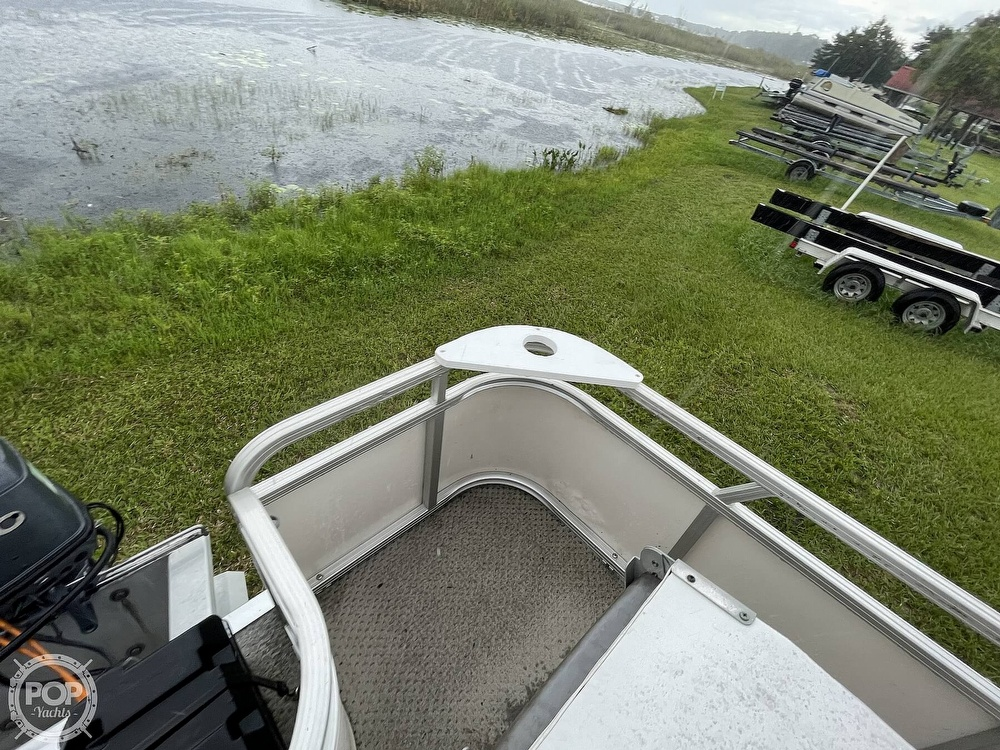 2007 SunChaser boat for sale, model of the boat is 8520 & Image # 22 of 40
