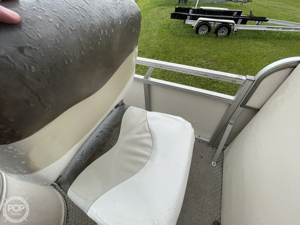 2007 SunChaser boat for sale, model of the boat is 8520 & Image # 24 of 40