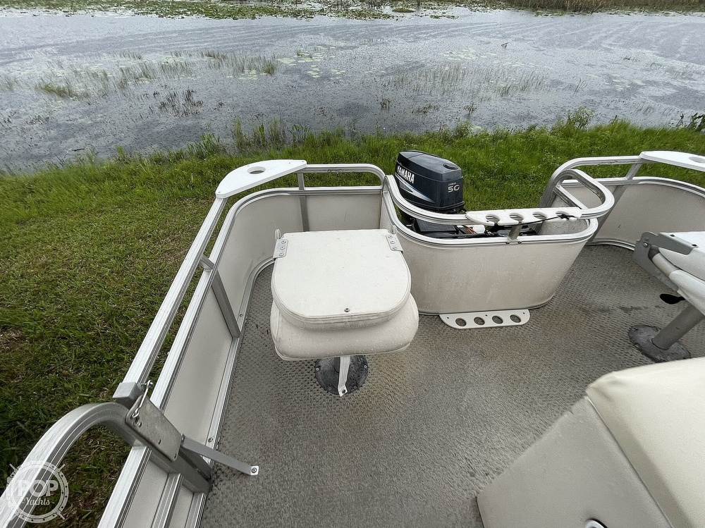 2007 SunChaser boat for sale, model of the boat is 8520 & Image # 25 of 40