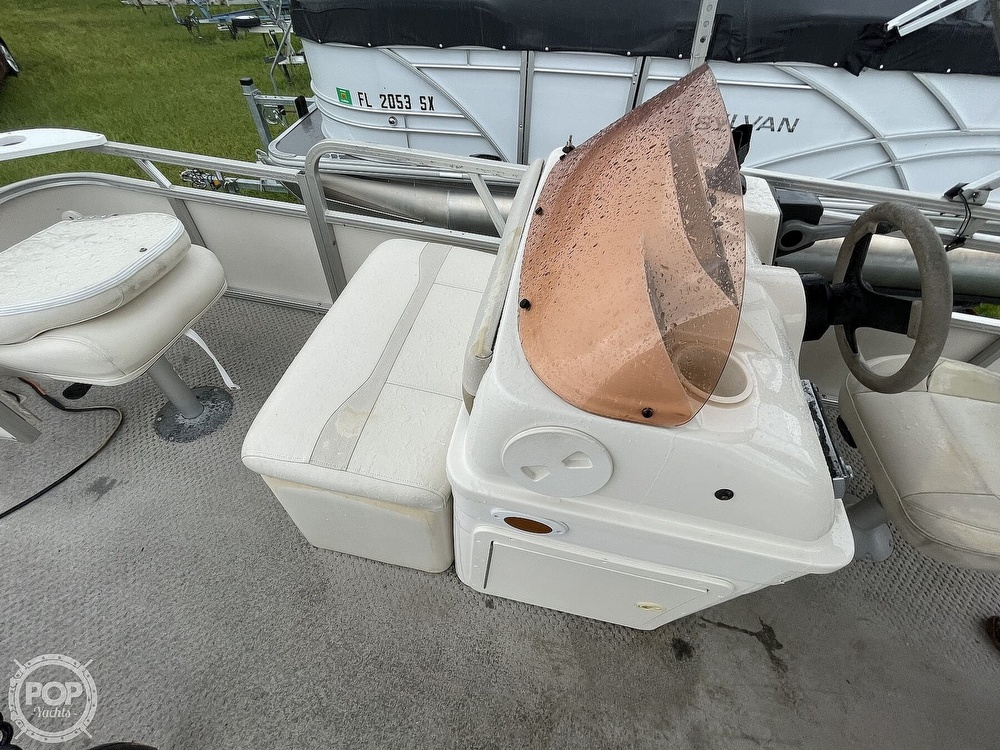2007 SunChaser boat for sale, model of the boat is 8520 & Image # 36 of 40