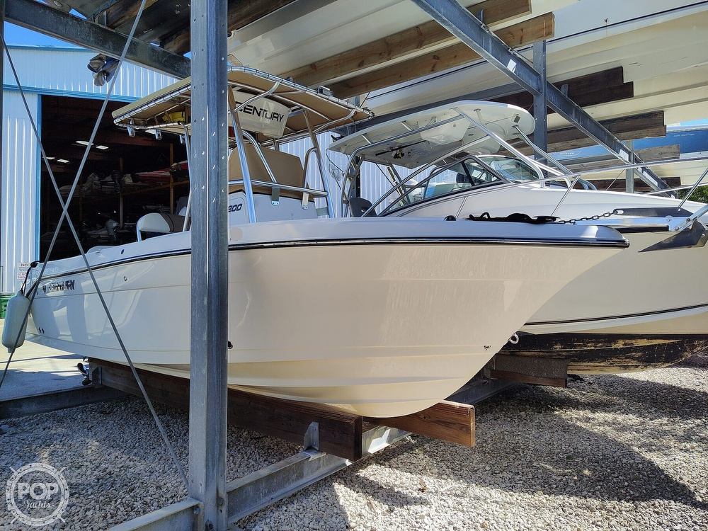 2015 Century boat for sale, model of the boat is 2200CC & Image # 2 of 40