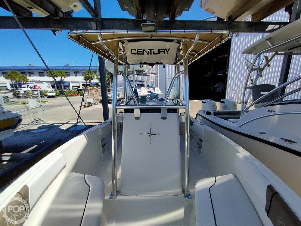 2015 Century boat for sale, model of the boat is 2200CC & Image # 4 of 40