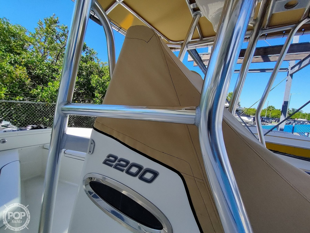 2015 Century boat for sale, model of the boat is 2200CC & Image # 8 of 40