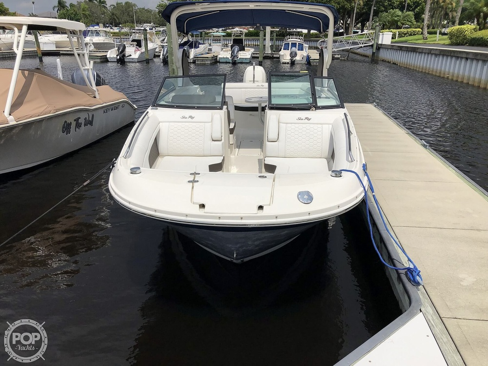 2018 Sea Ray boat for sale, model of the boat is 270 SDX OB & Image # 2 of 40