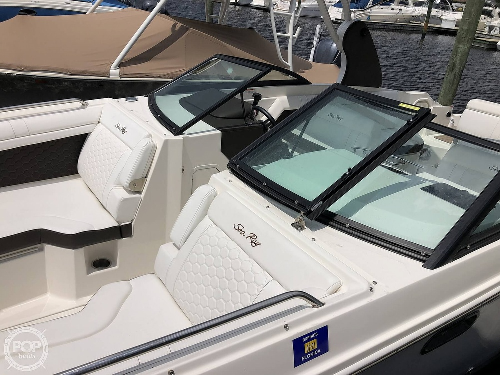 2018 Sea Ray boat for sale, model of the boat is 270 SDX OB & Image # 9 of 40