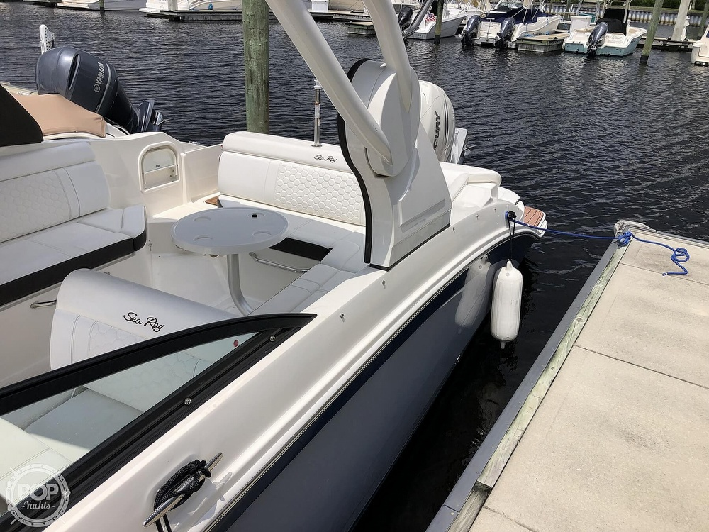2018 Sea Ray boat for sale, model of the boat is 270 SDX OB & Image # 20 of 40
