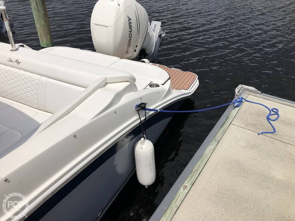 2018 Sea Ray boat for sale, model of the boat is 270 SDX OB & Image # 24 of 40
