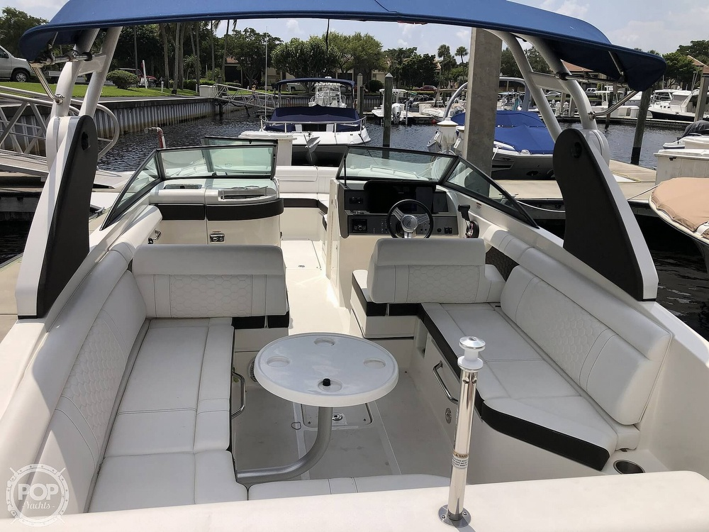 2018 Sea Ray boat for sale, model of the boat is 270 SDX OB & Image # 38 of 40