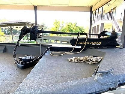 2017 War Eagle boat for sale, model of the boat is 961 Blackhawk & Image # 8 of 9