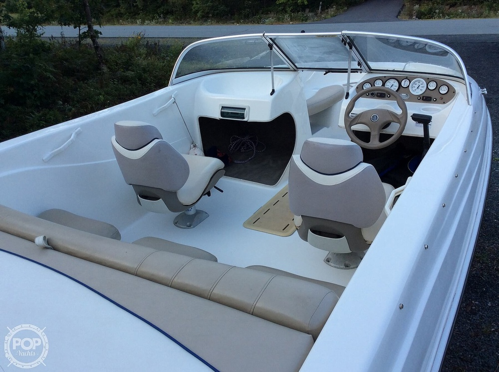 2004 Glastron boat for sale, model of the boat is MX175 & Image # 11 of 40