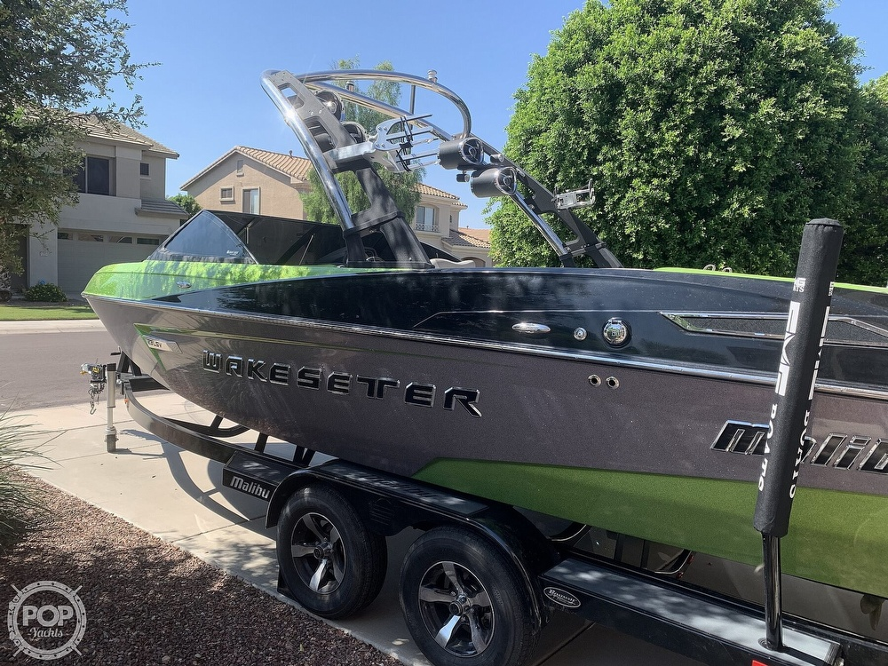 2014 Malibu boat for sale, model of the boat is Wakesetter 23 LSV & Image # 5 of 40