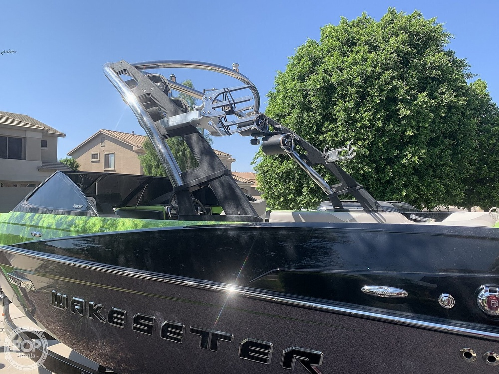 2014 Malibu boat for sale, model of the boat is Wakesetter 23 LSV & Image # 8 of 40