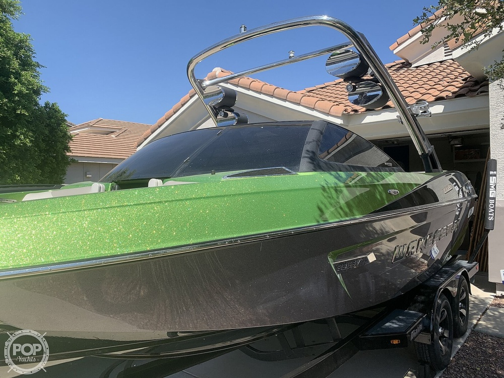 2014 Malibu boat for sale, model of the boat is Wakesetter 23 LSV & Image # 13 of 40