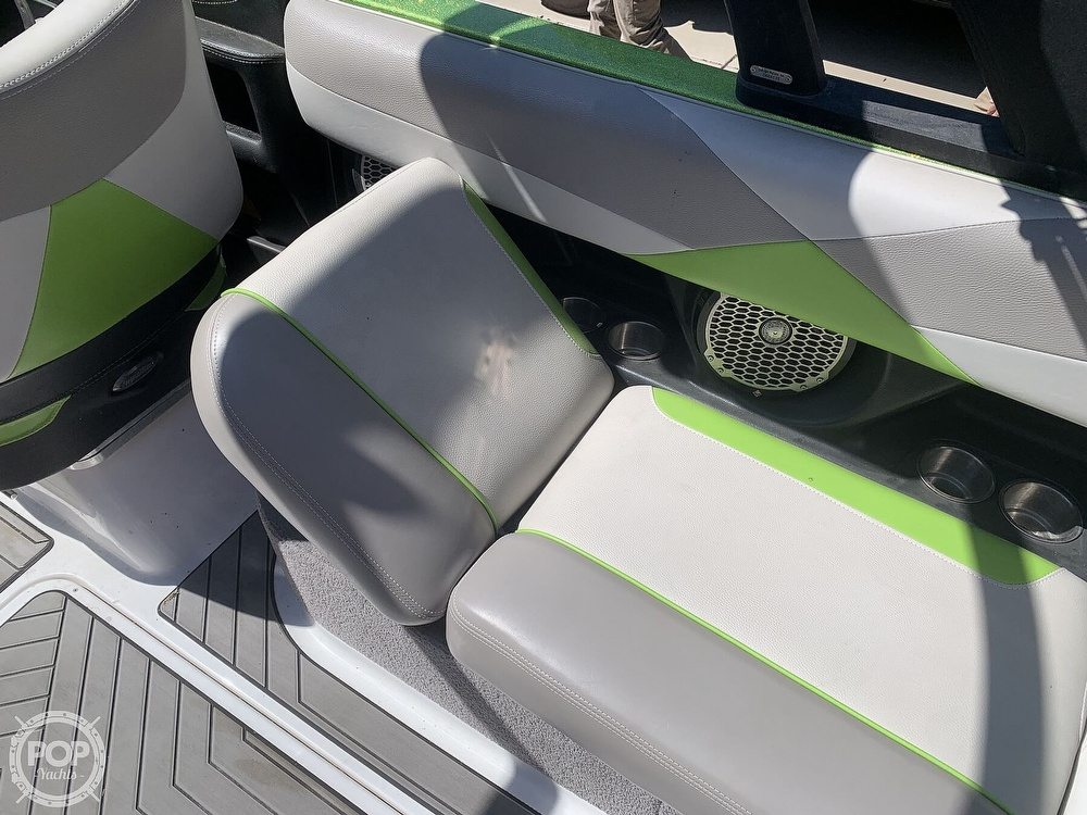 2014 Malibu boat for sale, model of the boat is Wakesetter 23 LSV & Image # 21 of 40