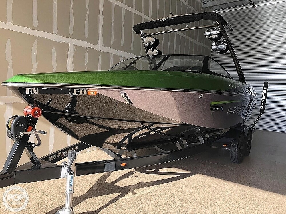 2014 Malibu boat for sale, model of the boat is Wakesetter 23 LSV & Image # 3 of 40