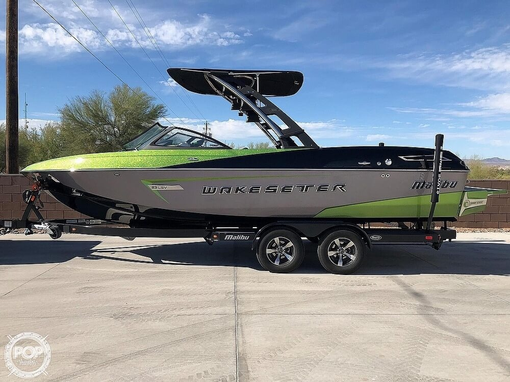 2014 Malibu boat for sale, model of the boat is Wakesetter 23 LSV & Image # 4 of 40