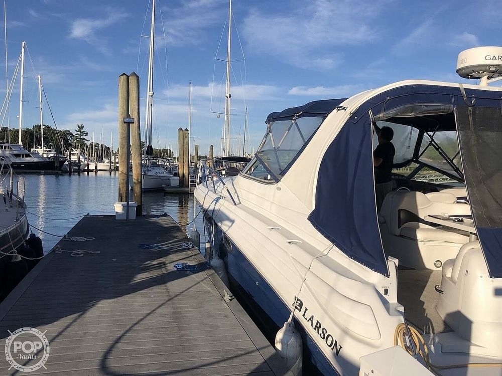 2005 Larson boat for sale, model of the boat is 370 Cabrio & Image # 12 of 40