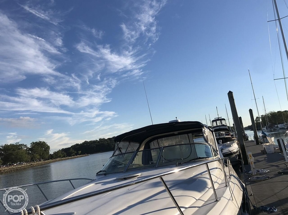 2005 Larson boat for sale, model of the boat is 370 Cabrio & Image # 15 of 40