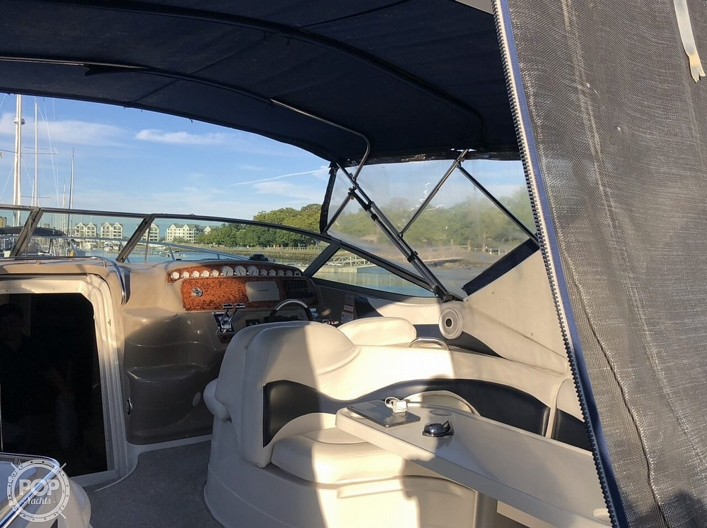 2005 Larson boat for sale, model of the boat is 370 Cabrio & Image # 19 of 40