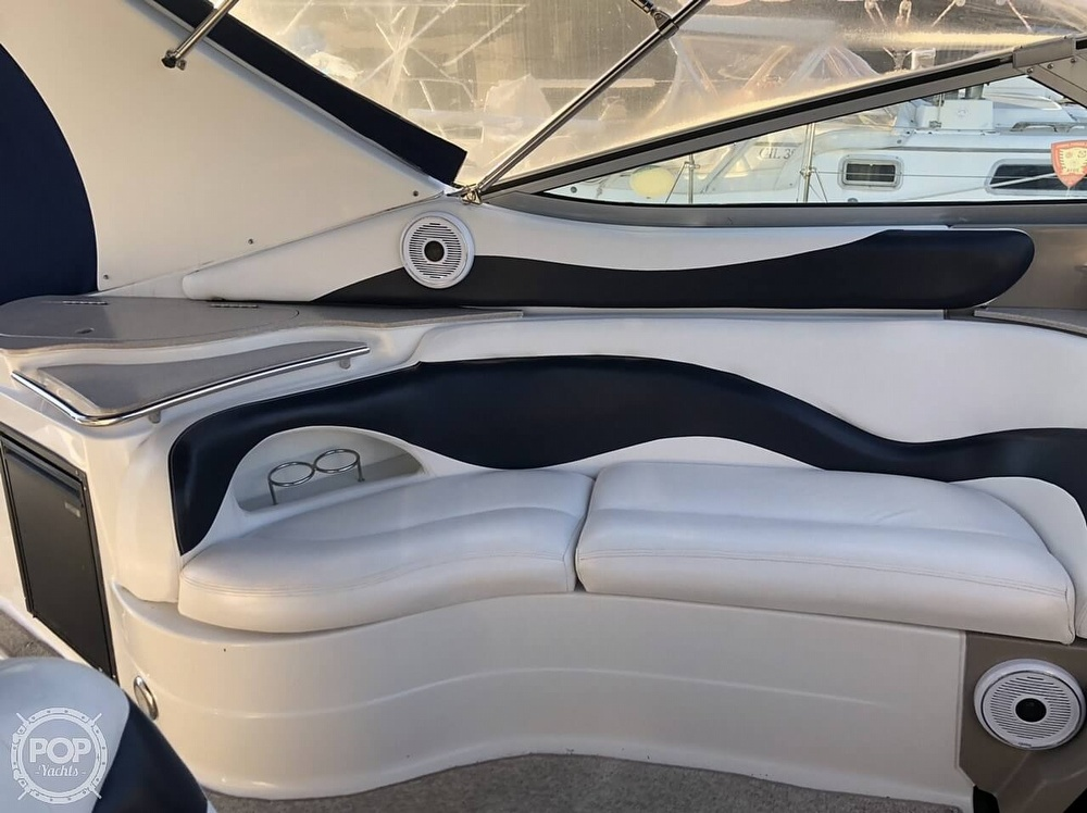 2005 Larson boat for sale, model of the boat is 370 Cabrio & Image # 22 of 40
