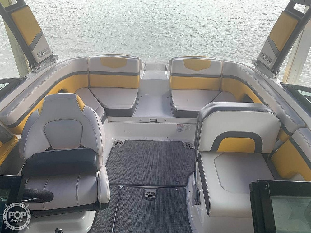 2017 Chaparral boat for sale, model of the boat is Vortex 203 & Image # 4 of 13
