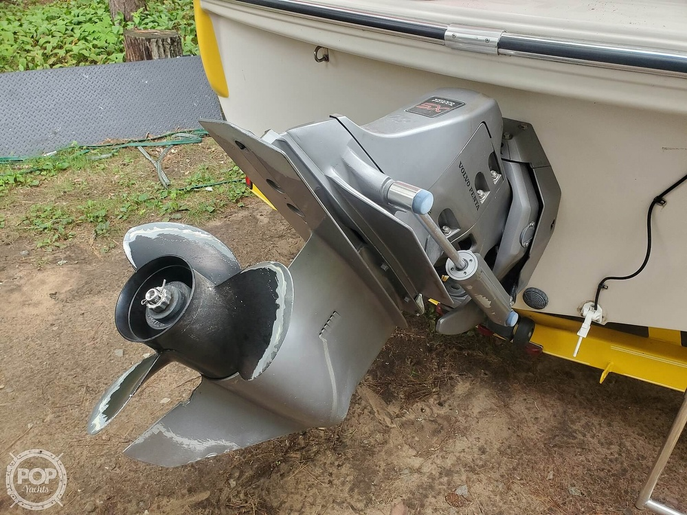 2005 Glastron boat for sale, model of the boat is GX 205 SF & Image # 6 of 40