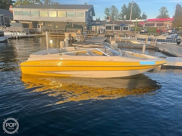 2005 Glastron boat for sale, model of the boat is GX 205 SF & Image # 7 of 40