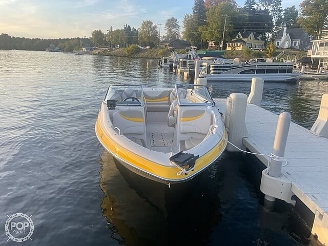 2005 Glastron boat for sale, model of the boat is GX 205 SF & Image # 13 of 40