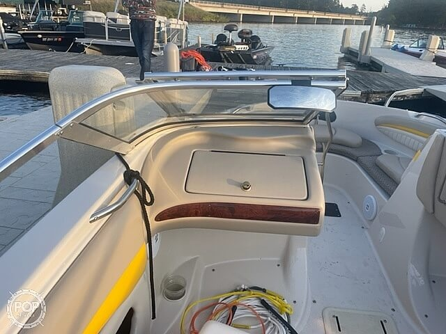 2005 Glastron boat for sale, model of the boat is GX 205 SF & Image # 16 of 40