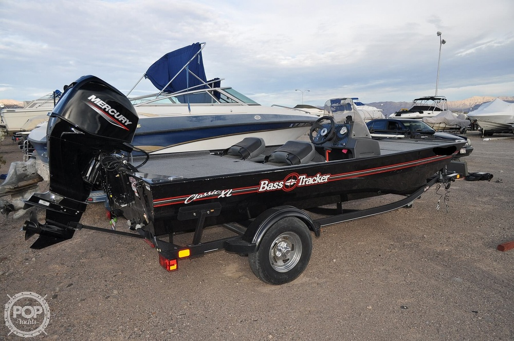 2021 Tracker Boats boat for sale, model of the boat is Classic XL & Image # 2 of 40