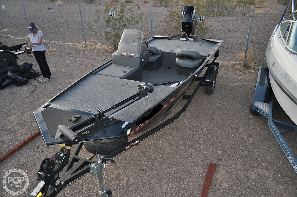2021 Tracker Boats boat for sale, model of the boat is Classic XL & Image # 4 of 40