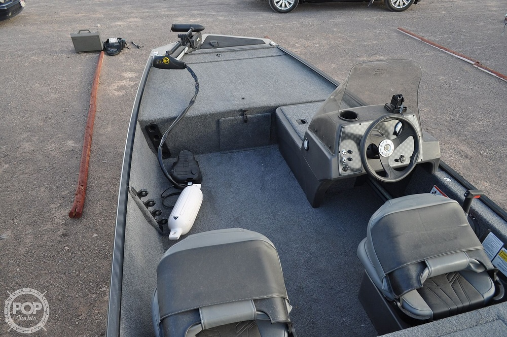 2021 Tracker Boats boat for sale, model of the boat is Classic XL & Image # 14 of 40