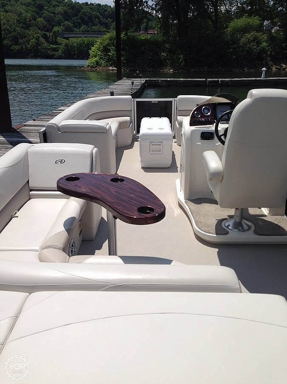 2015 Avalon boat for sale, model of the boat is LSZ 2485 CR & Image # 4 of 9