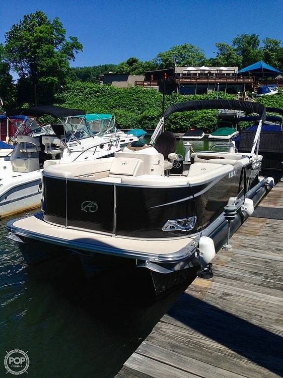 2015 Avalon boat for sale, model of the boat is LSZ 2485 CR & Image # 5 of 9