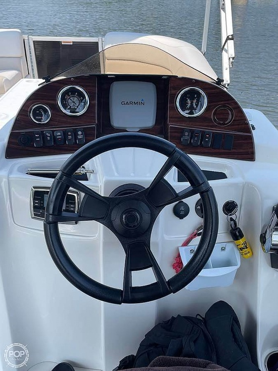 2015 Avalon boat for sale, model of the boat is LSZ 2485 CR & Image # 6 of 9