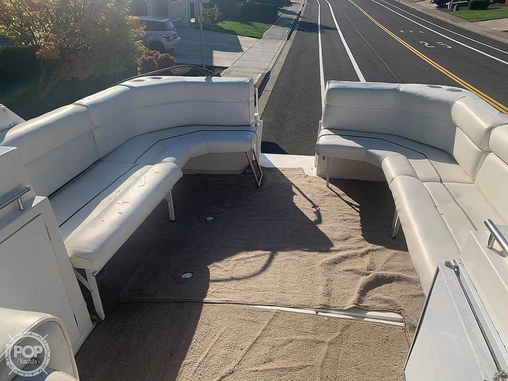 1994 Cruisers Yachts boat for sale, model of the boat is 30' & Image # 5 of 11